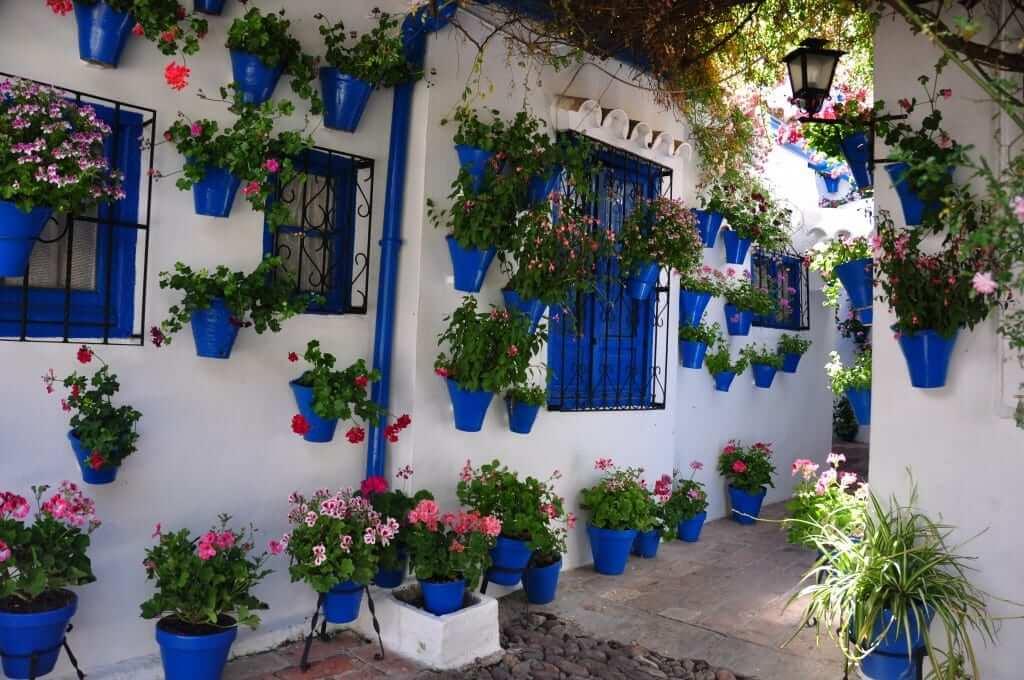 viajar en primavera Córdoba fiesta de los patios