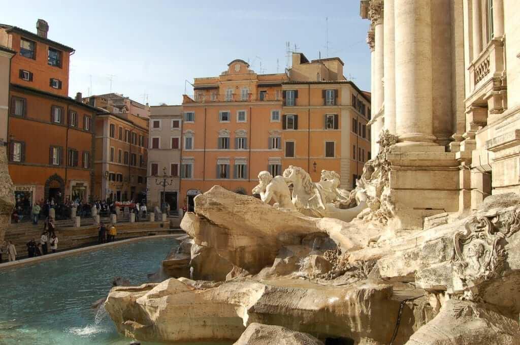 Plazas de Roma, Fontana di Trevi