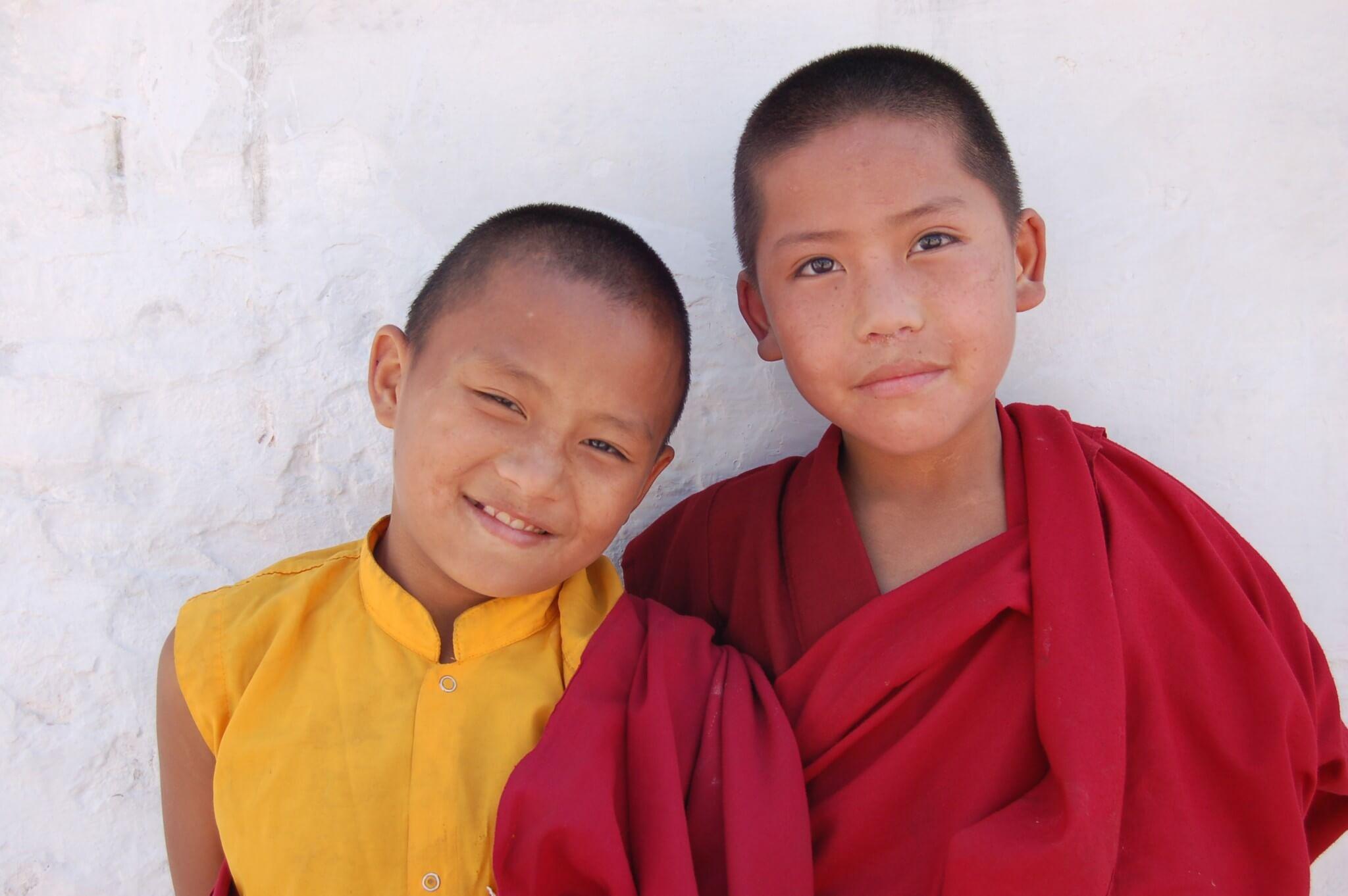 Nepal Monjes tibetanos en Katmandú