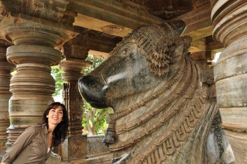 Halebid Templo Hoysala - Nandi