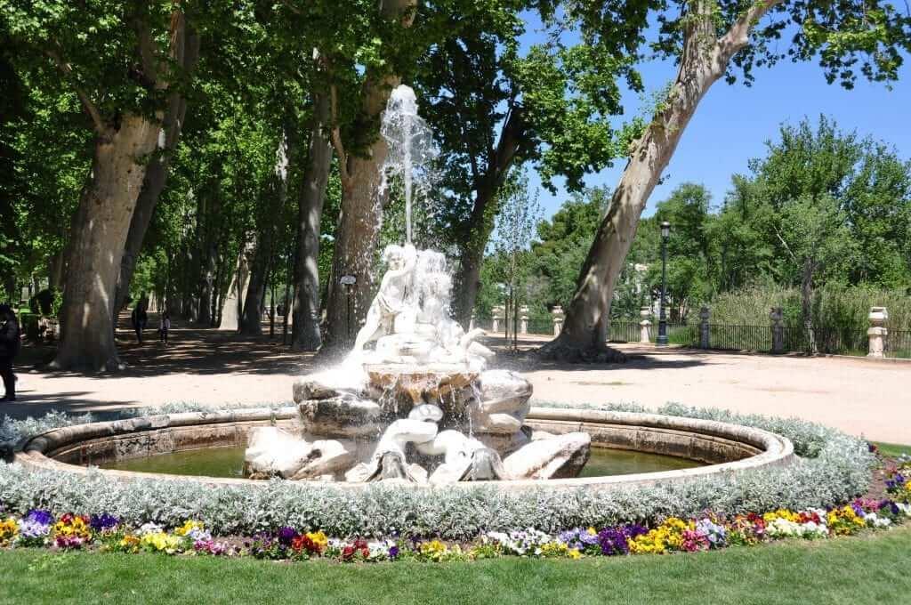 Que ver en aranjuez jardines y palacios junto al r o tajo for Jardines de aranjuez horario