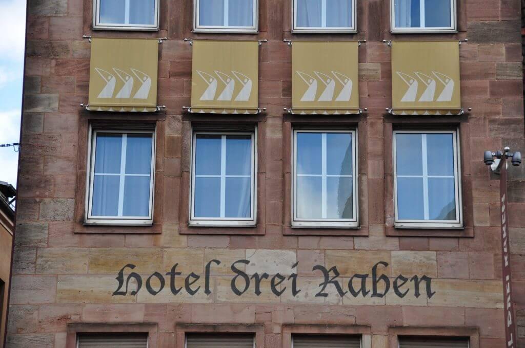 hotel drei raben nuremberg 6 kris por el mundo blog de viajes y fotograf a. Black Bedroom Furniture Sets. Home Design Ideas