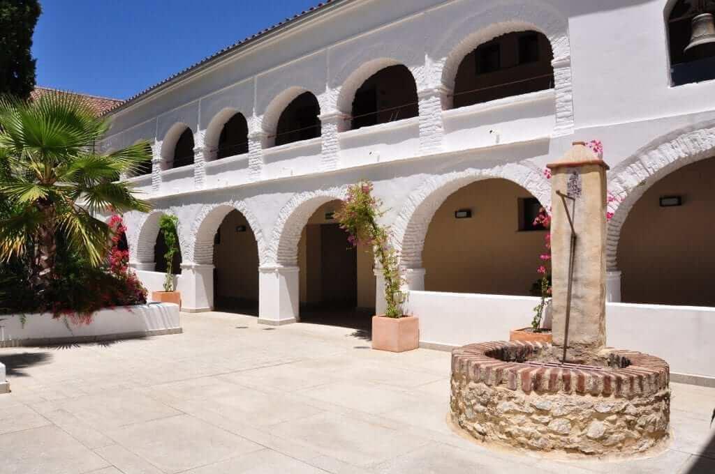 Aracena dormir hotel convento de Aracena